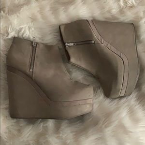 H&M faux leather Wedges